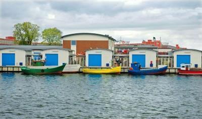 Bramy garażowe dla łodzi